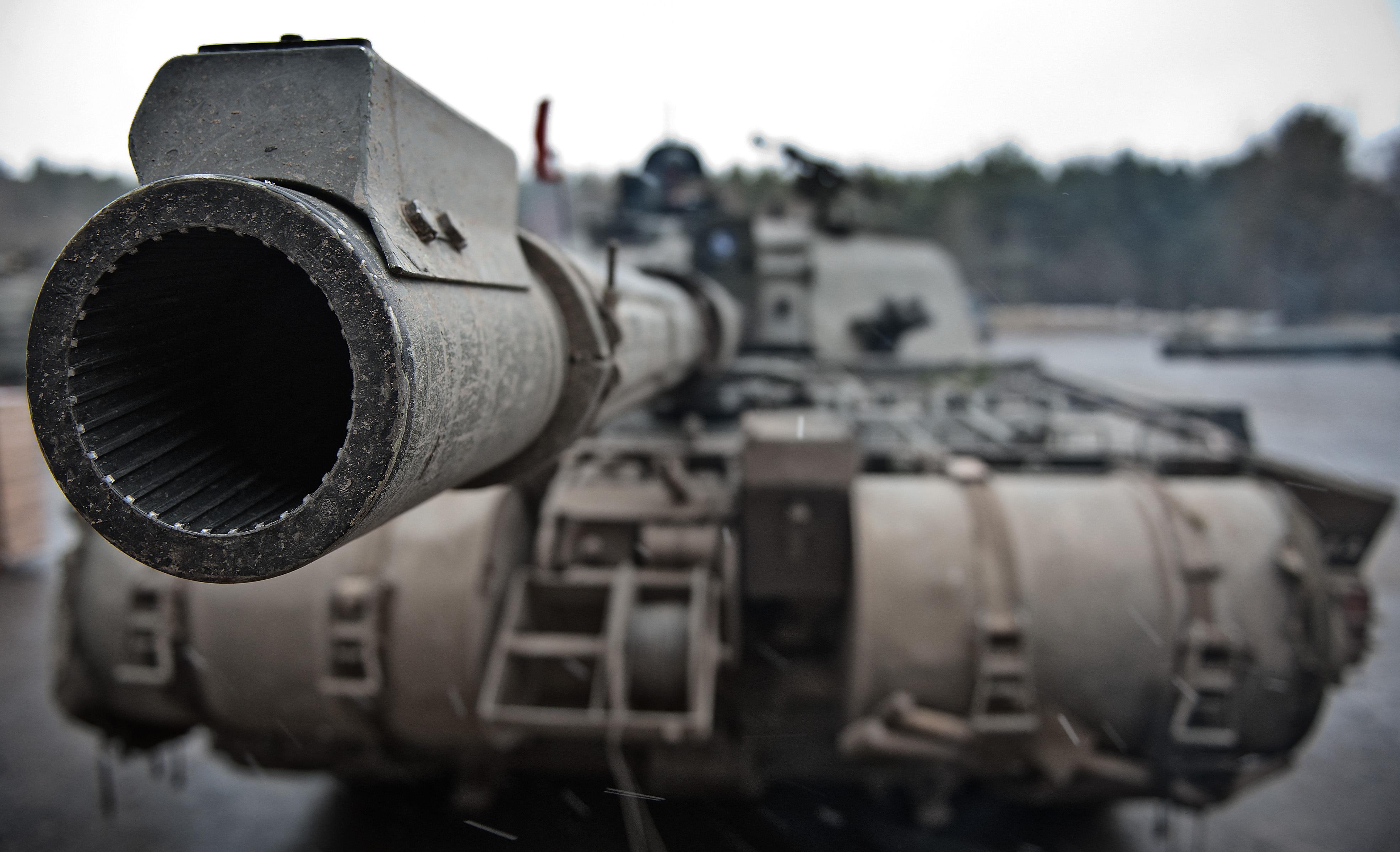 Slider-3-Challenger-2-Tank